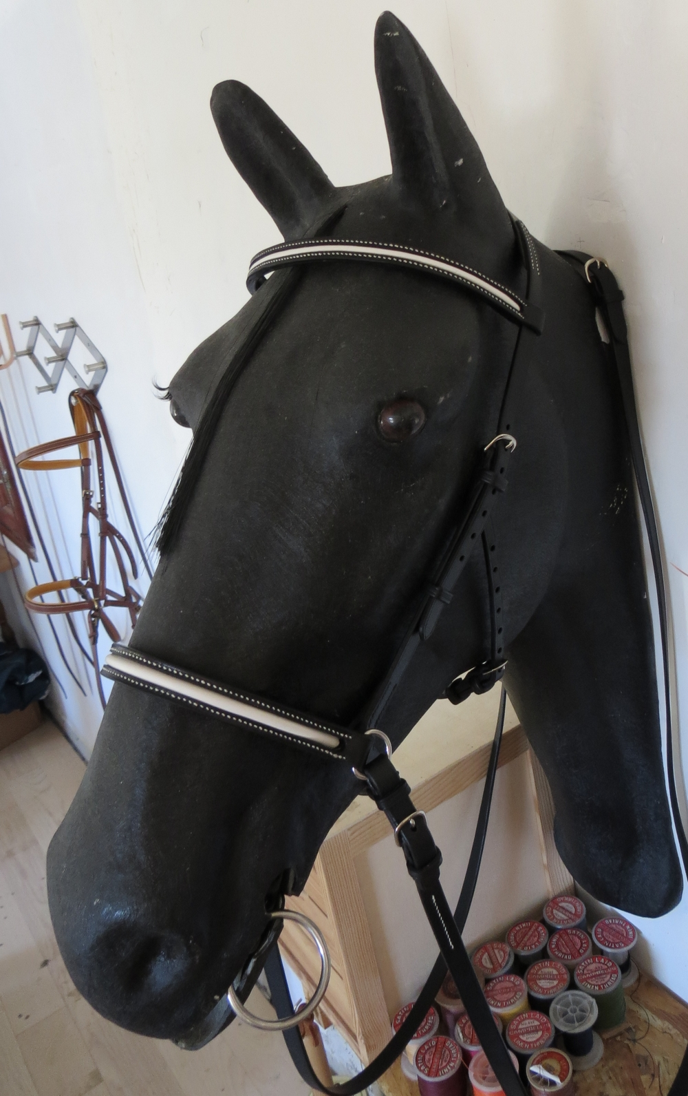 side pull haut de gamme sur mesure cuir noir et blanc